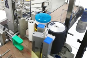 LWA J Cans Bucket Labeller System Shemesh Automation